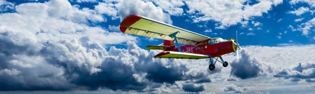 Zawód pilota – wymagania, uprawnienia