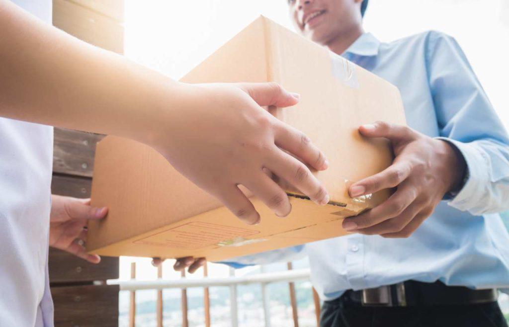 W co zapakować paczkę, aby nie została uszkodzona w transporcie?